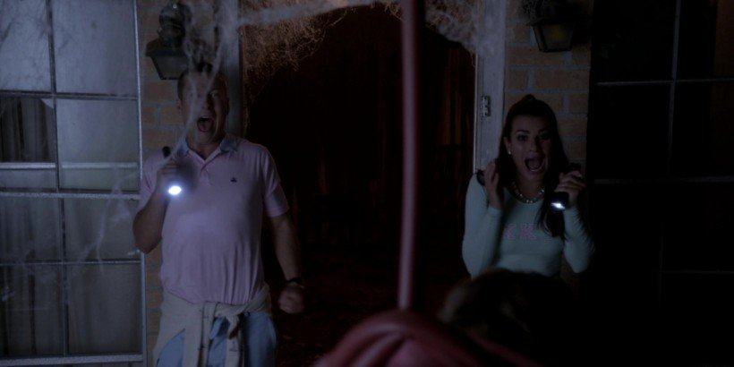 ScreamQueens-004-003
