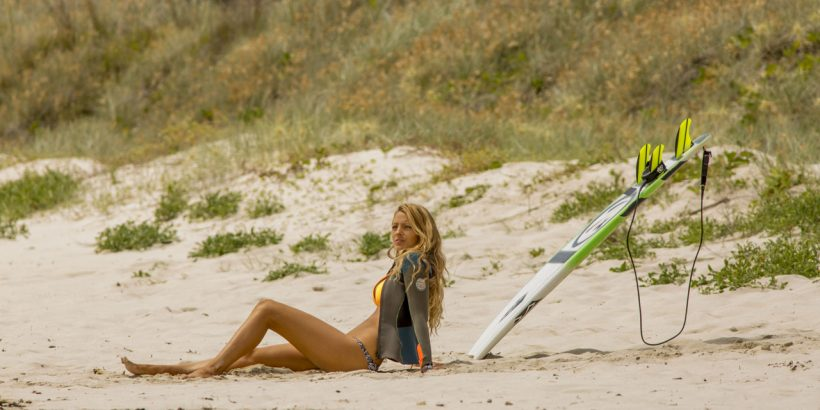 Nancy (Blake Lively) in Columbia Pictures' SHALLOWS.