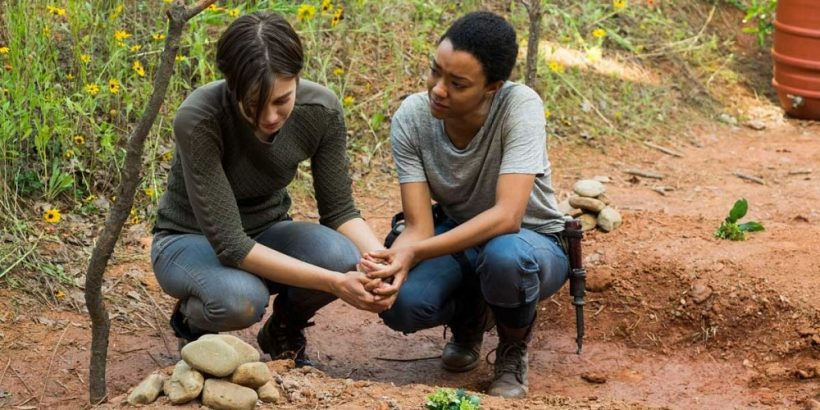the-walking-dead-maggie-and-sasha-in-go-getters