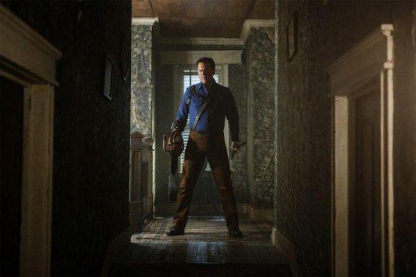 ash-vs-evil-dead-ash-hallway