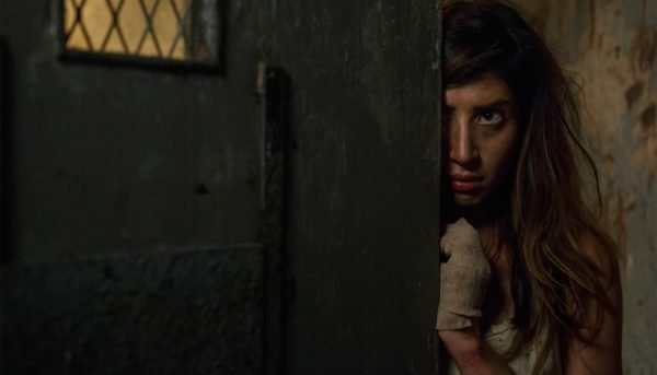 ash-vs-evil-dead-kelly-prison