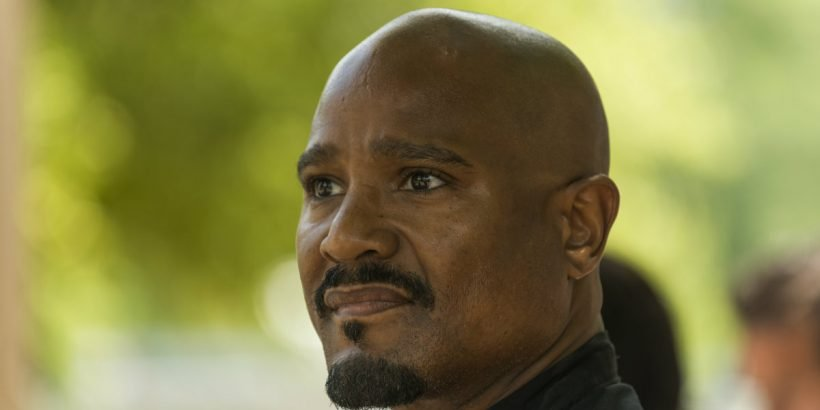 the-walking-dead-season-7-father-gabriel