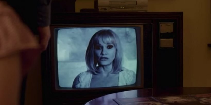beyond-the-gates-barbara-crampton